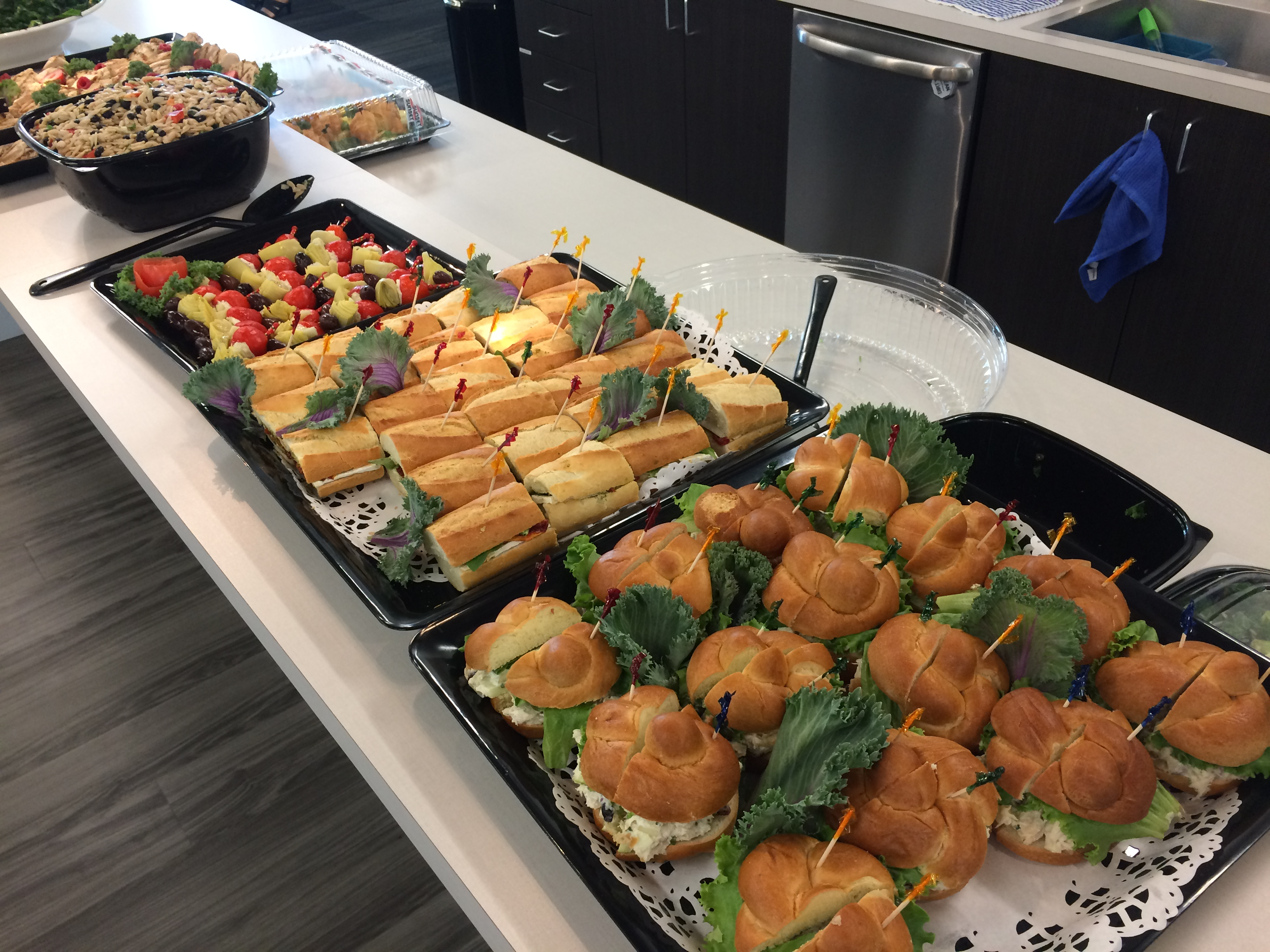 Meeting-in-a-Box: LifeWorking Coworking & Sunset Foods for your Year-end Events